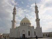 белая мечеть казань