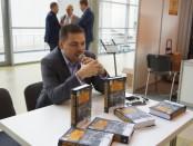 Андрей Ганин представляет свою книгу